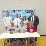 Dallas High School track star Lindsey Oremus commits to St. Joseph University