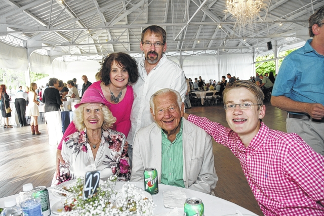 Blue Chip dinner dance fundraiser held at Irem Temple Country Club Aug. 28