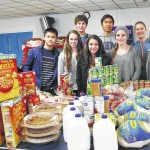 Wyoming Seminary student government delivers Thanksgiving to needy local families