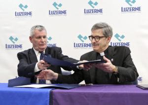 LCCC, University of Scranton sign dual-enrollment agreement